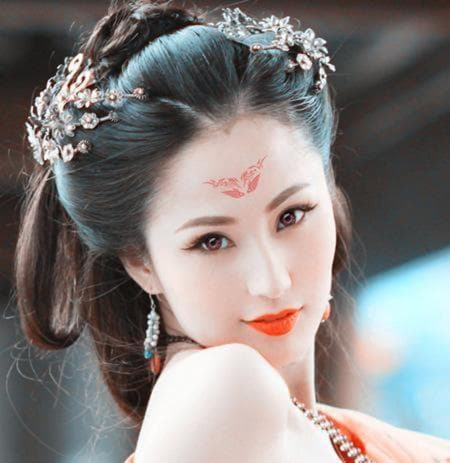 Cuoc song hien tai cua 'nu than phim cap 3' Lam Yen-Hinh-3