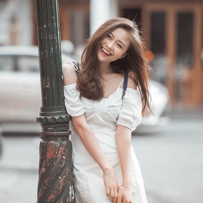 Nu sinh Ngoai thuong xinh dep, tot nghiep loai gioi-Hinh-3