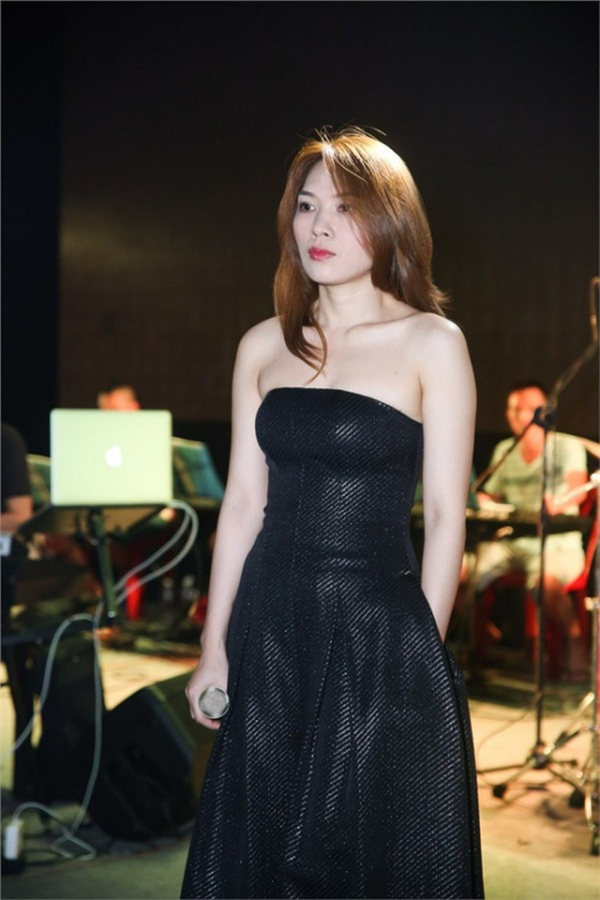 Top 3 my nhan Viet 'lao hoa nguoc' tre trung nhu gai doi muoi-Hinh-5