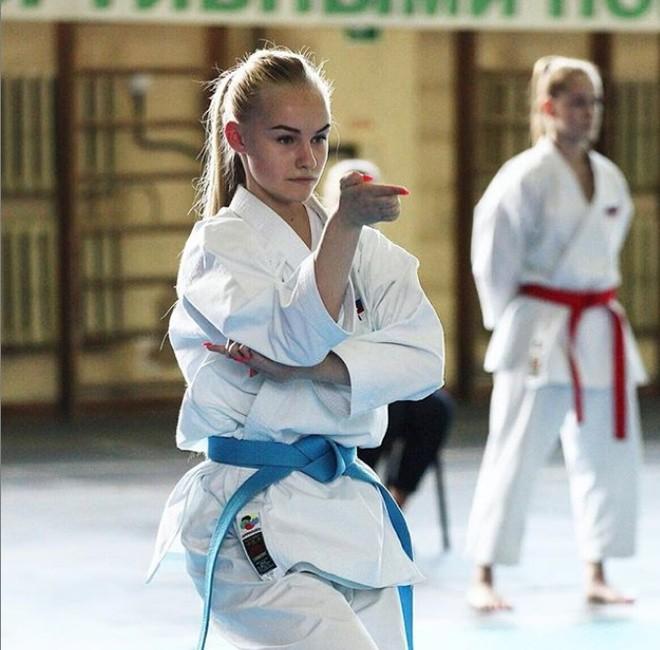 Sac voc cua nu VDV karate co guong mat nhu bup be-Hinh-6