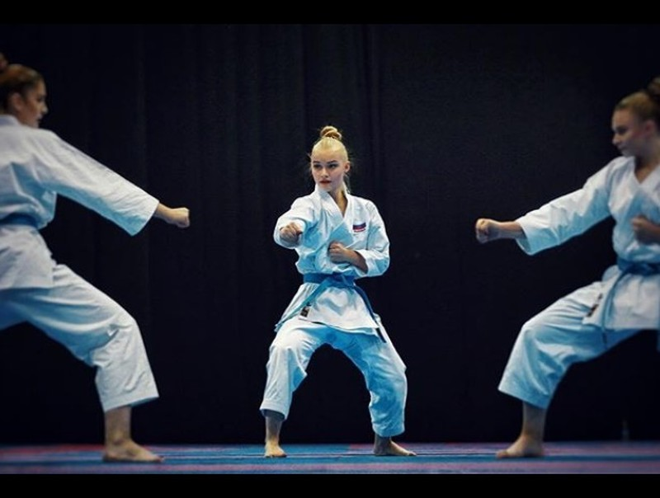 Sac voc cua nu VDV karate co guong mat nhu bup be-Hinh-7