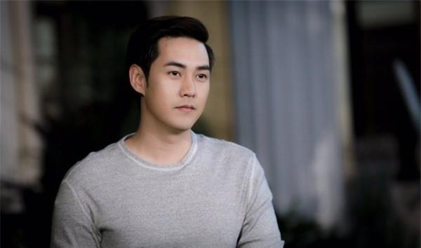 Chung kien hanh dong cua vo, chong lap tuc xe don ly hon
