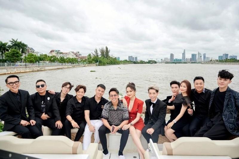 """Huong Giang – Matt Liu bi chi trich """"vo on"""" mai vui tinh moi"""