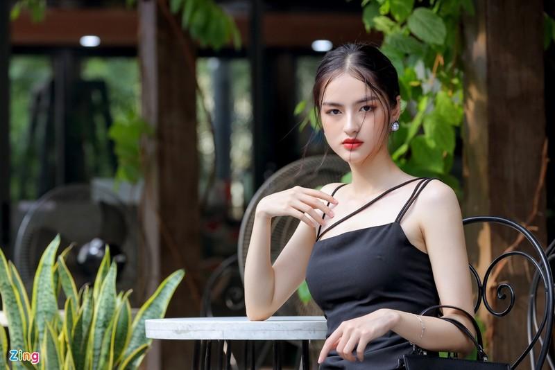 Anh doi thuong nu sinh thi Hoa hau Viet Nam 2020-Hinh-7