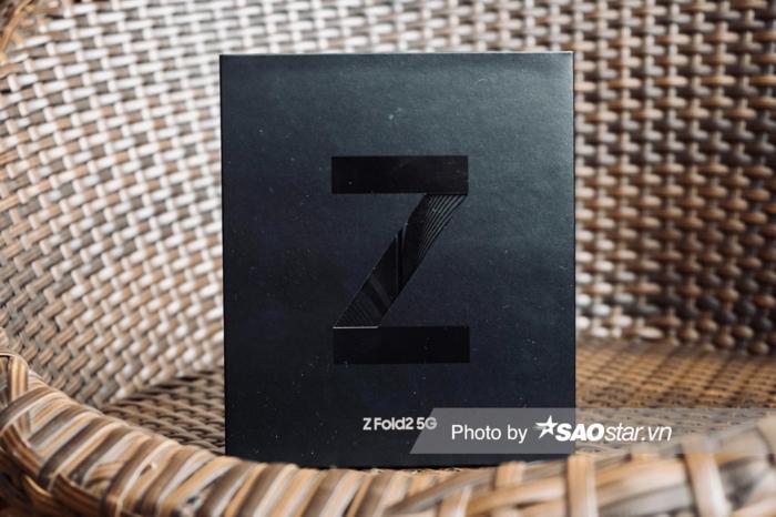 Galaxy Z Fold2: Lot xac ve thiet ke, cau hinh manh me hon!