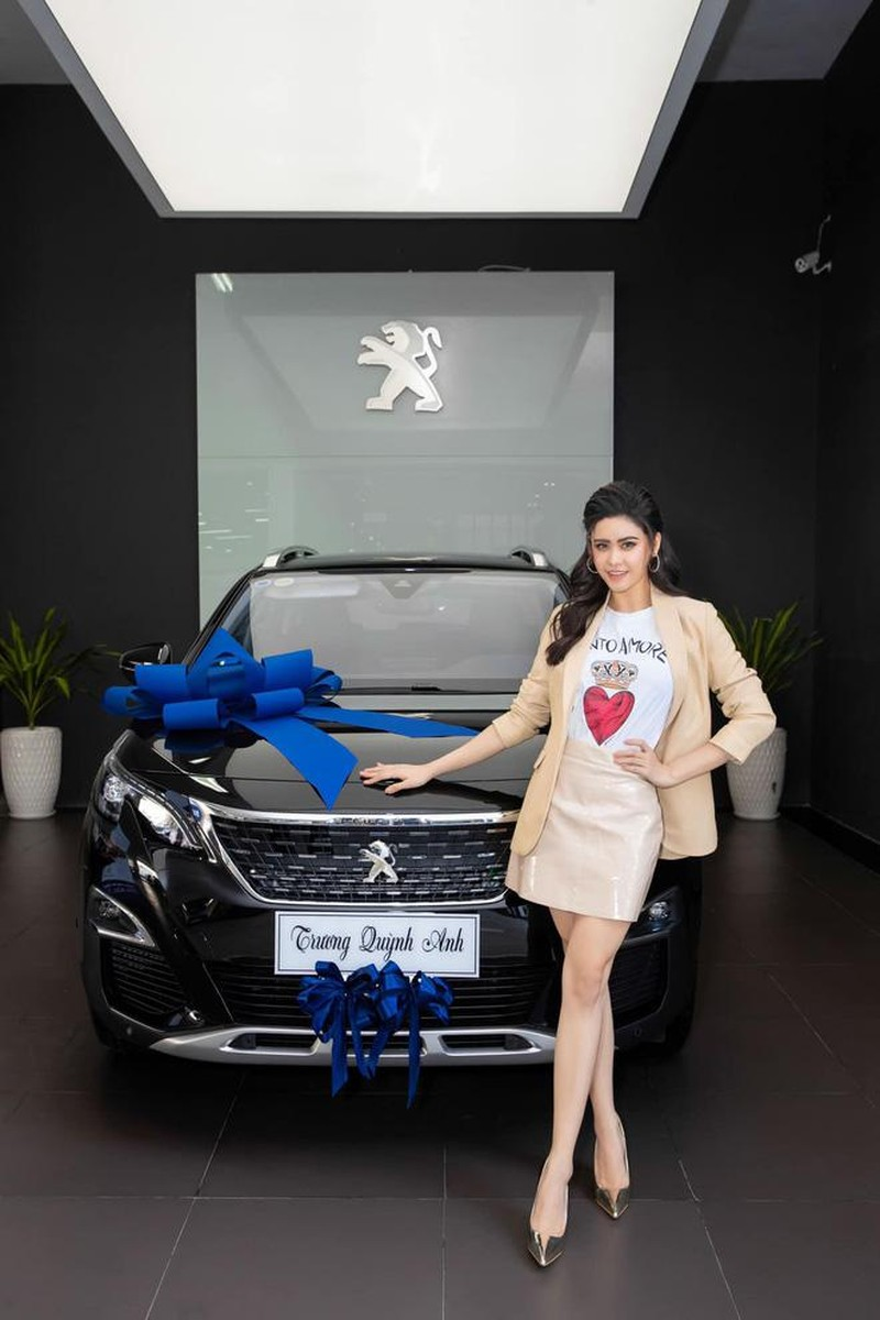 Boc gia xe hop Peugeot 3008 tien ty cua Truong Quynh Anh