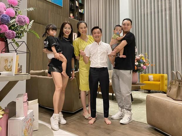 Cuong Do La vo tinh lam lo mat moc Dam Thu Trang sau sinh-Hinh-7