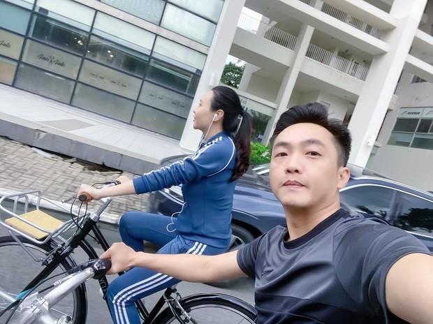 Dam Thu Trang khoe tin nhan voi Cuong Do La-Hinh-3