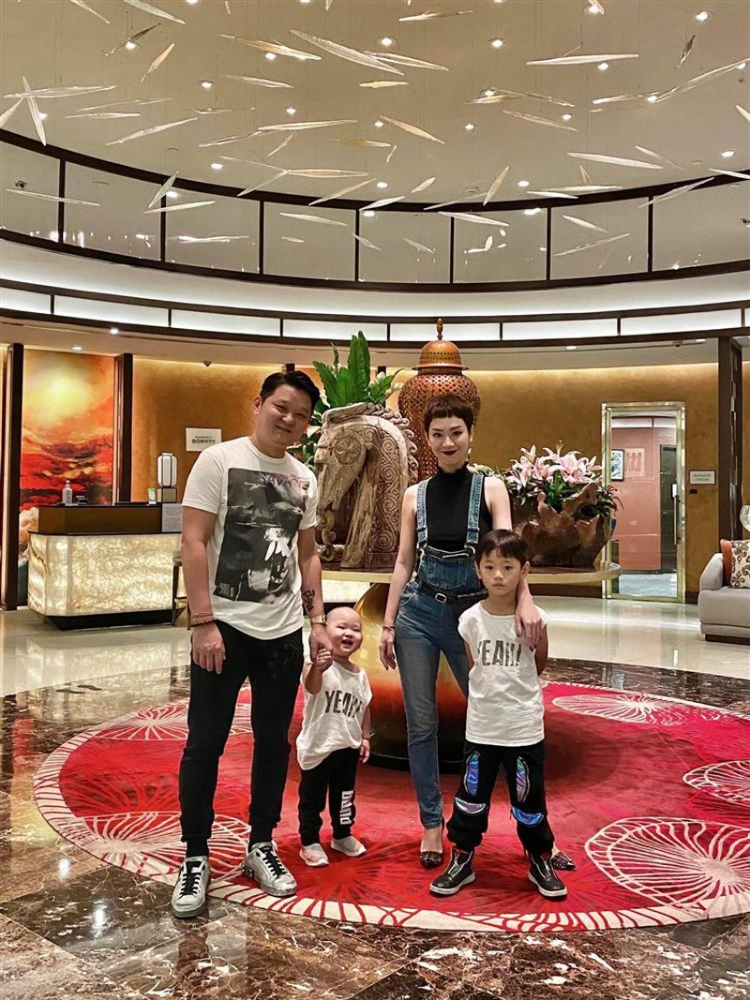 Tra My Idol tinh chuyen vao vien duong lao-Hinh-2