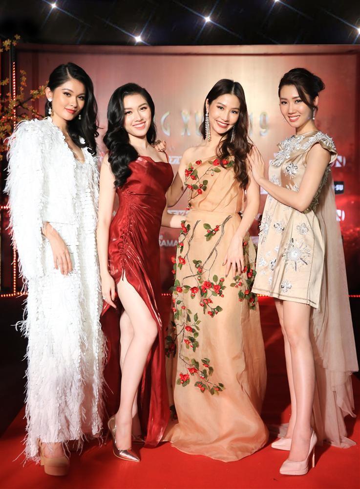 Thuy Ngan lo nhieu bang chung my nhan khai khong chieu cao-Hinh-8