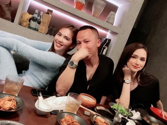 Huong Giang lan dau tu hop voi Ngoc Trinh sau scandal