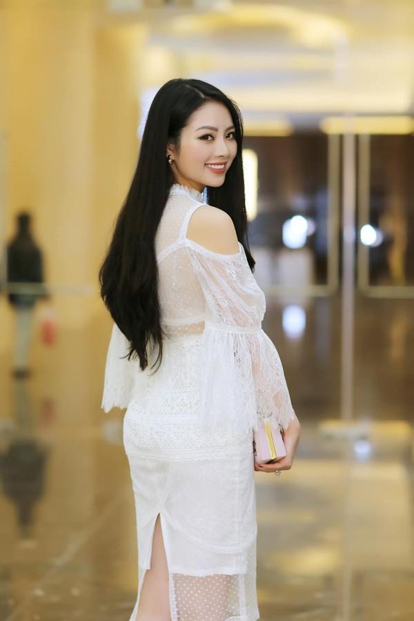 7 nam truoc xu Thanh cung co mot Hoa hau tai sac-Hinh-4