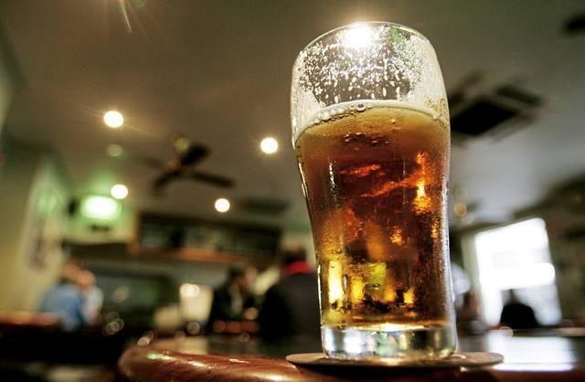 Boa 70 trieu khi uong mot coc bia