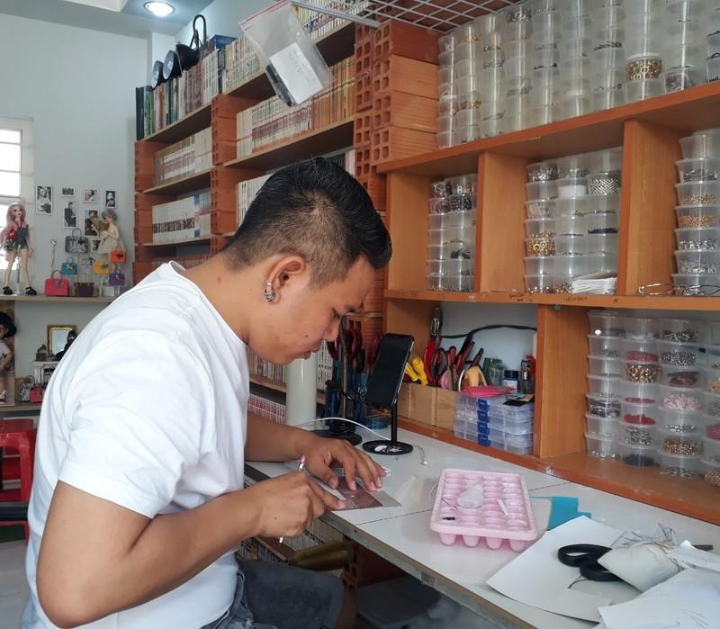 Chang trai o TP.HCM may tui bup be ban sang My-Hinh-3