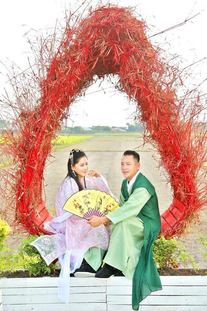 Dao dien Quyen Loc tu tay trang den co ngoi tien ti-Hinh-5