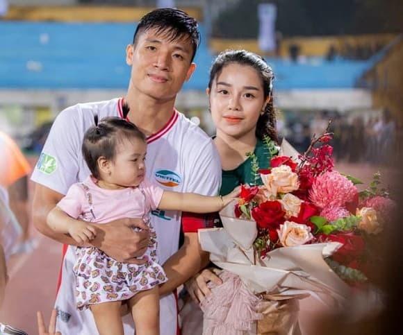 Dung trung ve va Khanh Linh quyet dinh lui dam cuoi vi ly do khong ngo-Hinh-2