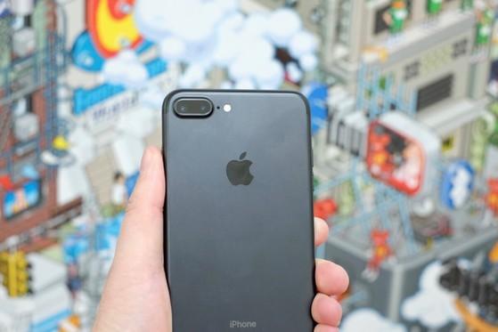 iPhone XS 64 GB giam gia manh-Hinh-2