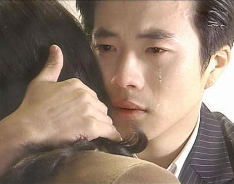 Ong hoang nuoc mat Kwon Sang Woo gio ra sao?-Hinh-2