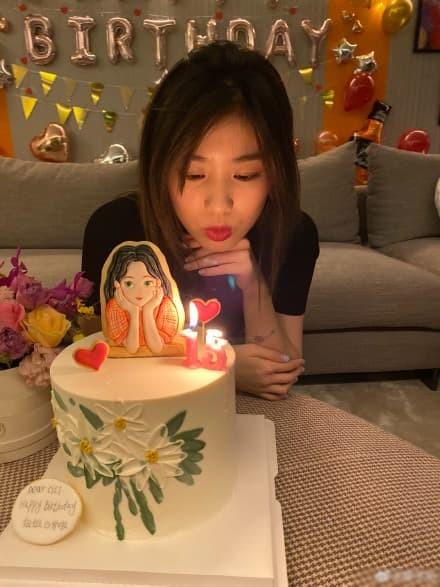 Chuong Tu Di to chuc sinh nhat cho con gai rieng cua chong-Hinh-3
