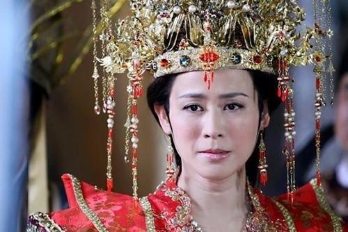 Nhung vai dien cua sung lam nghe cua my nhan Hoa ngu-Hinh-15
