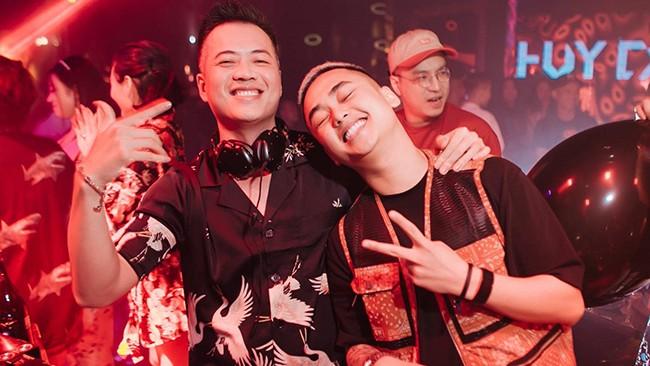 Nam DJ lo manh kiem ca trieu tien boa moi dem-Hinh-2