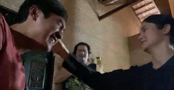 Thao Trang cung chong kem tuoi dua gion cuc lay ngay phim truong-Hinh-3