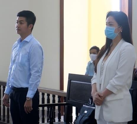 Nhat Kim Anh va chong cu sau gan 3 nam ly hon-Hinh-5
