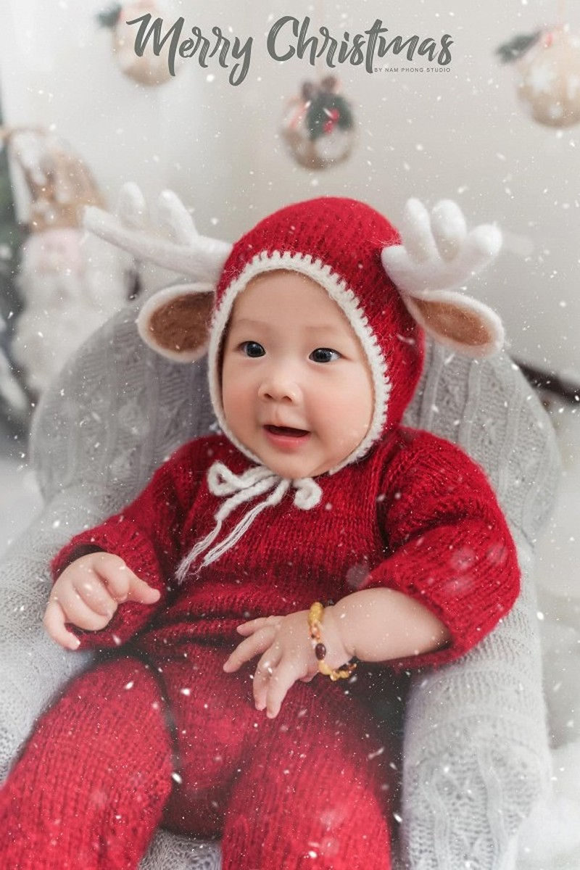 Bo anh don Noel cuc yeu cua con gai Phan Van Duc-Hinh-4