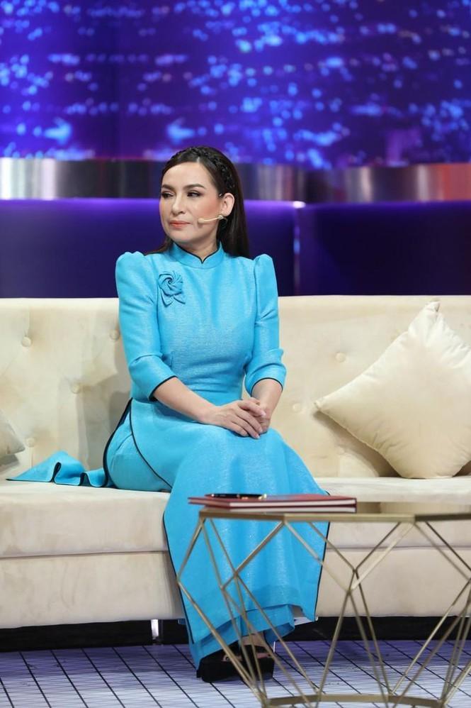 Huong Giang thu nhan tung gia danh chau gai ruot Phi Nhung-Hinh-3