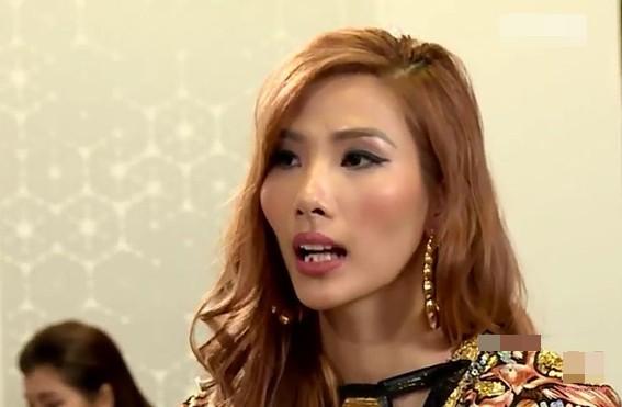 Su co an che dau gay sot mang xa hoi cua A hau Hoang Thuy-Hinh-3