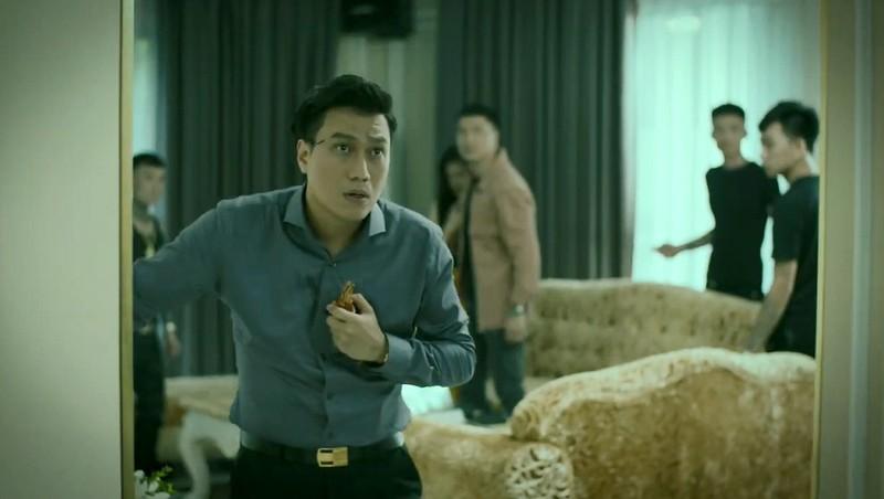 Kho hieu khi Viet Anh an mac mau me trong Huong duong nguoc nang-Hinh-2