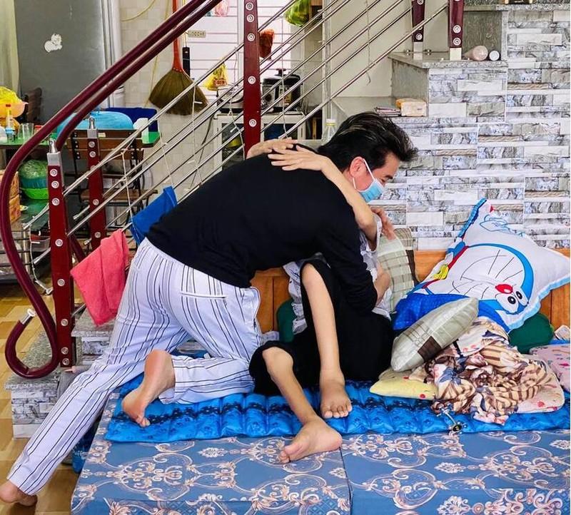 Fan ruot cua Dam Vinh Hung qua doi-Hinh-4