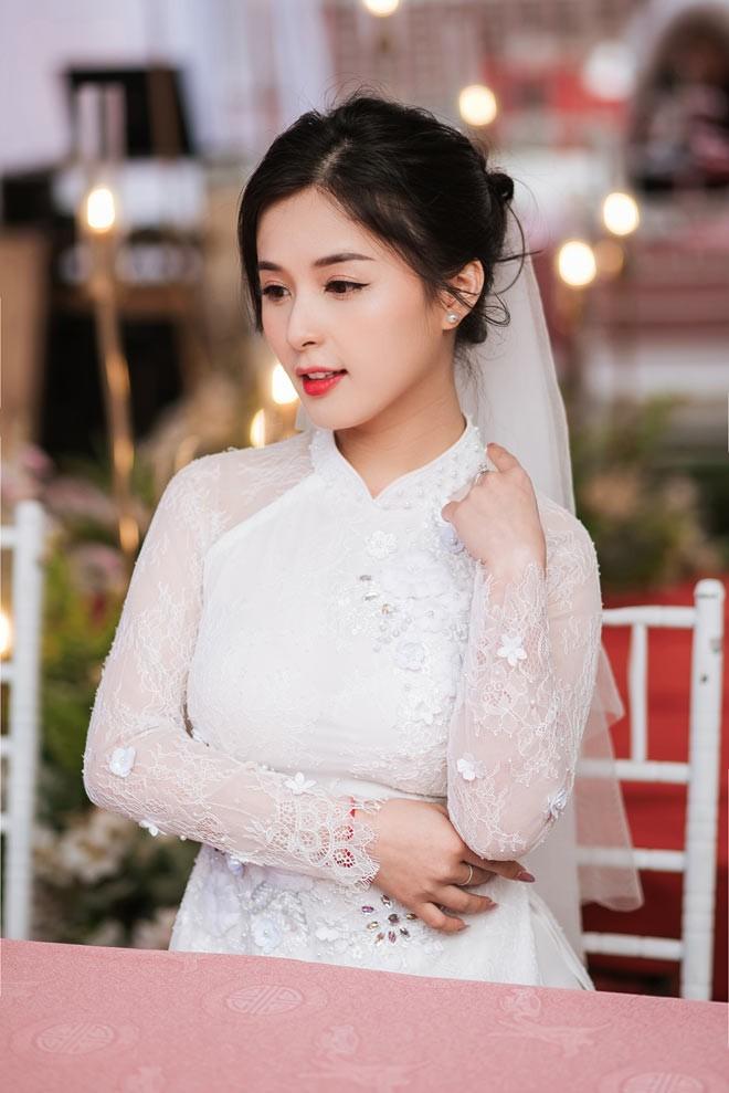 Hot girl dan toc Tay dien ao cuoi xinh lung linh-Hinh-11
