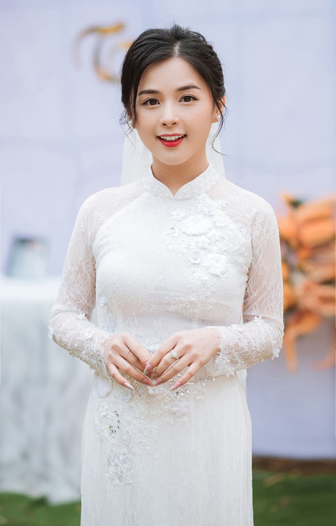 Hot girl dan toc Tay dien ao cuoi xinh lung linh-Hinh-12