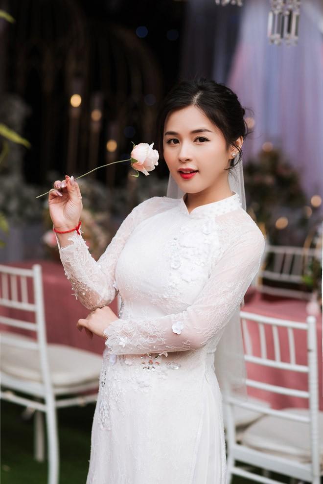 Hot girl dan toc Tay dien ao cuoi xinh lung linh-Hinh-5
