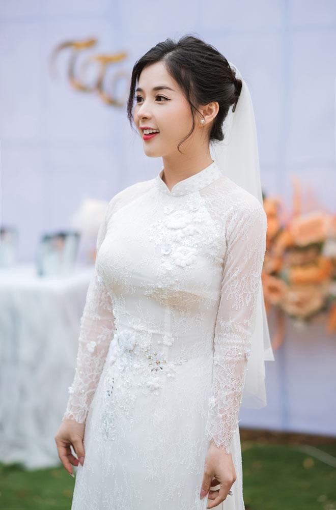 Hot girl dan toc Tay dien ao cuoi xinh lung linh-Hinh-9