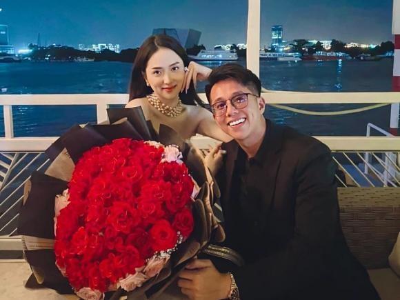 Matt Liu xuat hien trong mon qua Giang sinh cua Huong Giang