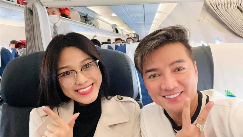Do Thi Ha gap Dam Vinh Hung: Goi anh hay chu cho phai phep?