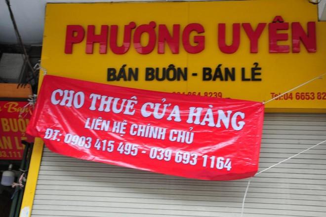 Hang loat cua hang khu kinh doanh dat do bac nhat Thu do dong cua