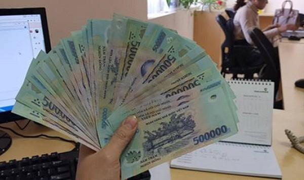 Ha Noi thuong Tet cao nhat 400 trieu dong/nguoi