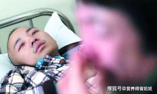 Chang trai bi ung thu duong ruot do an nhieu 4 loai do an nay