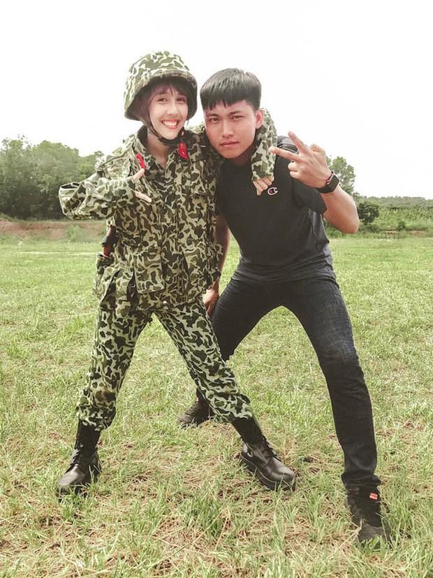 Hau Hoang vua dang anh, Mui truong Long lap tuc xuat hien-Hinh-4