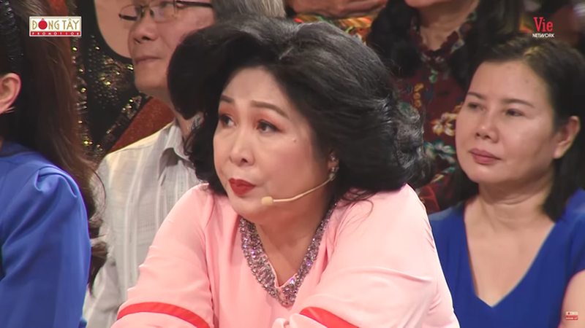NSND Hong Van: Xuan Hinh noi gi toi cung phai nghe-Hinh-3