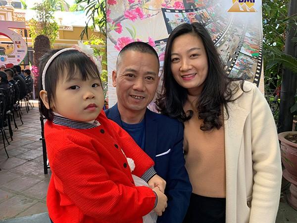 Dao dien Binh Trong: Xau xi nhung lai lay vo la thi sinh hoa hau-Hinh-2