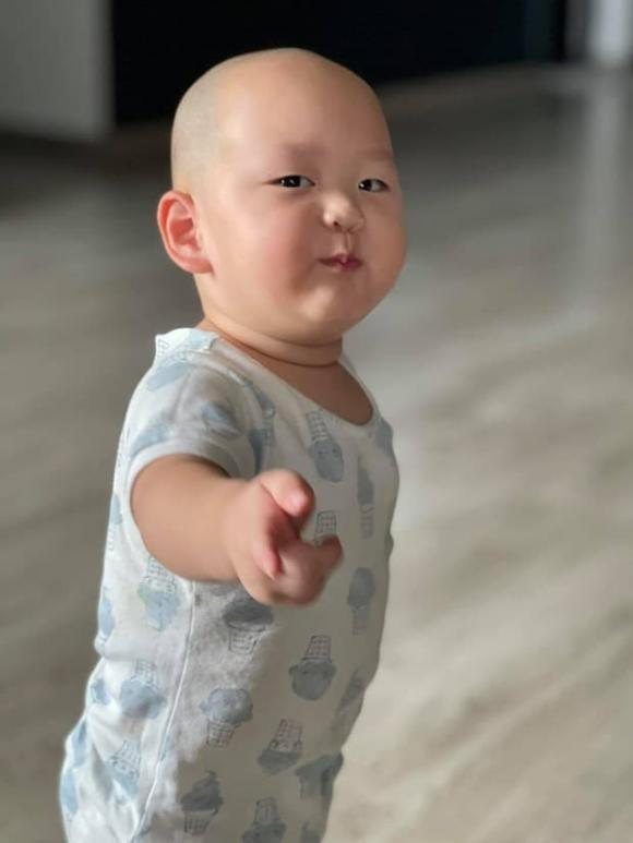 Quy tu nha Tra My Idol hon mot tuoi da duoc phong thanh Meme-Hinh-5