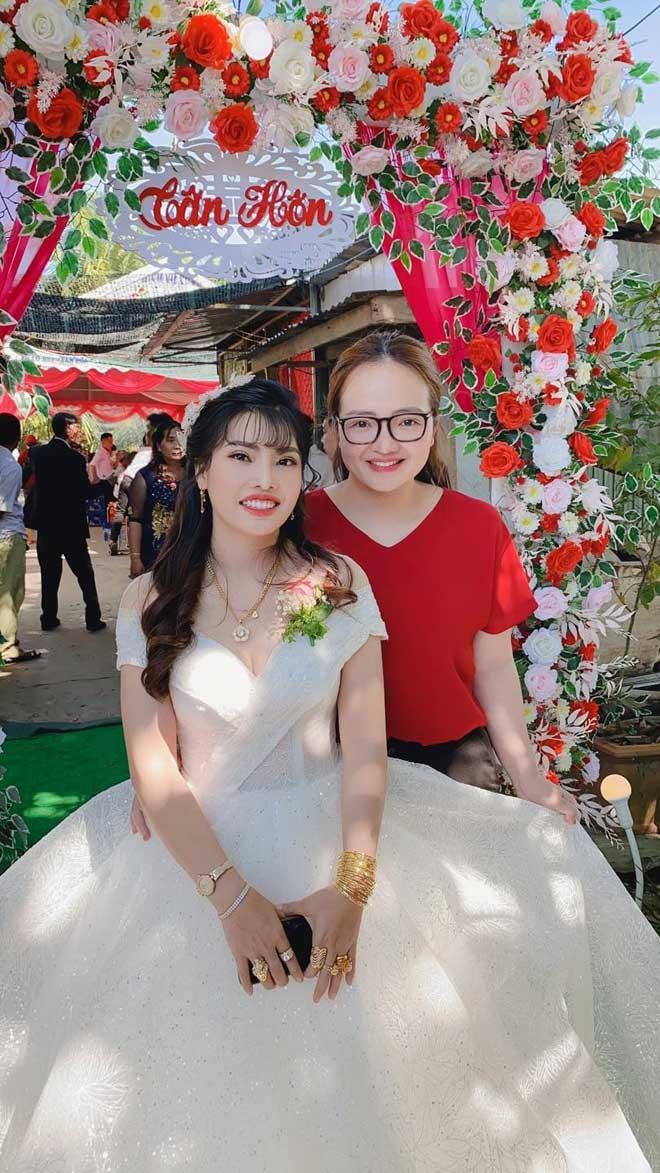 Moi lay chong 1 thang, Phuong Thi No da co bau hon 3 thang-Hinh-4