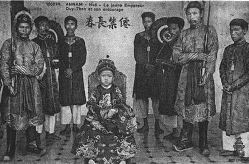 5 hoang de nha Nguyen noi nhau ngoi ngai vang-Hinh-3