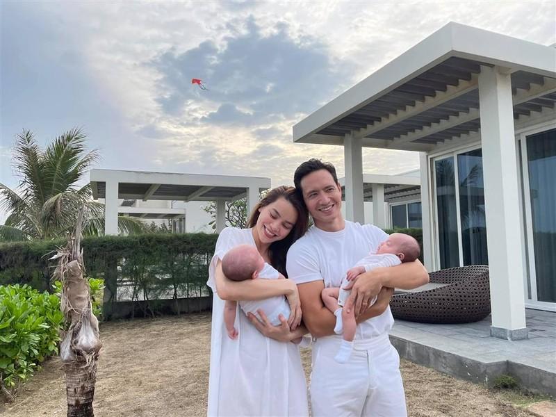 Body Ho Ngoc Ha van chua hoan hao sau 3 thang sinh-Hinh-6
