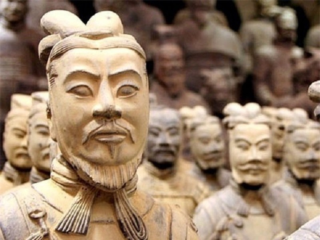 Tai sao tuong binh ma trong lang Tan Thuy Hoang co mat mot mi?-Hinh-2