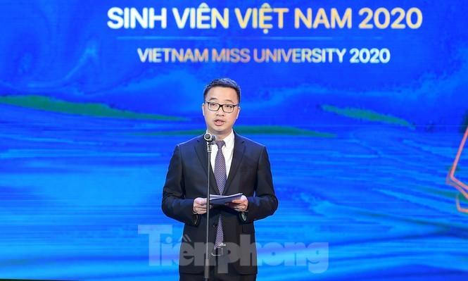 Nu sinh DH Nam Can Tho dang quang Hoa khoi Sinh vien Viet Nam-Hinh-2